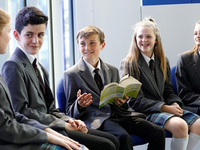 The impacts of peer teaching on learning